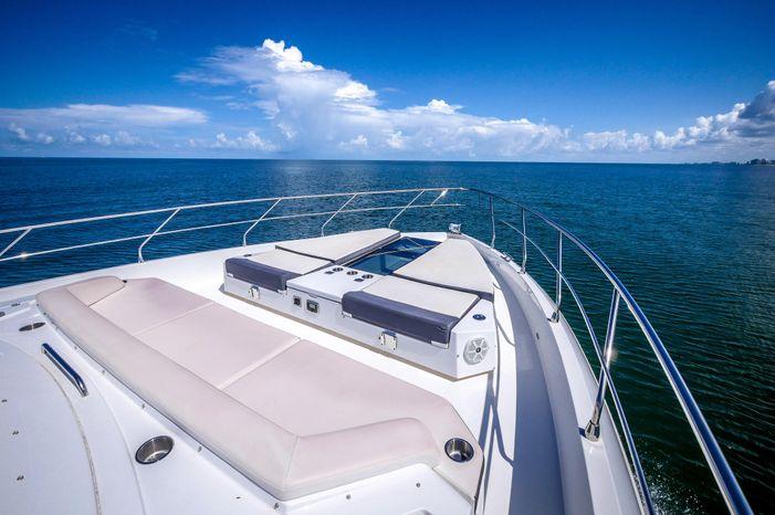 2017 Cruisers Yachts Broker BoatsalesListing