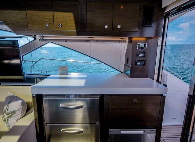 2017 Cruisers Yachts Sell BoatsalesListing