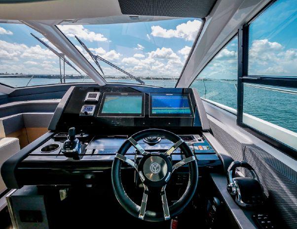 2017 Cruisers Yachts Sell Massachusetts