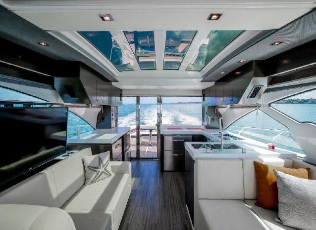 2017 Cruisers Yachts Broker New England