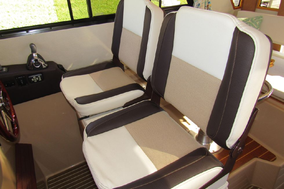 Captain and Mate Helm Seating