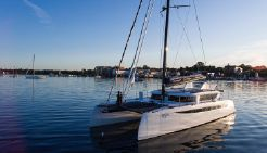 2020 Hh Catamarans HH55