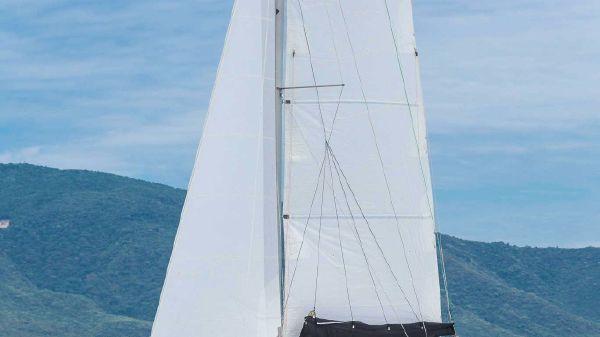 Seawind 1160 Resort SEAWIND RESORT 38' DAY CHARTER