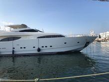 2001 Ferretti Yachts 94