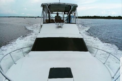 1995 Luhrs 38 TOURNAMENT FLY BRIDGE