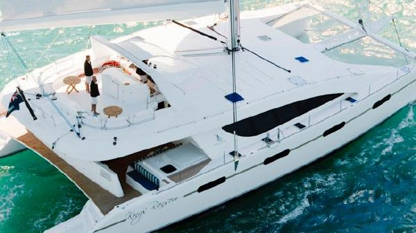 Matrix Yachts Silhouette 760 Manufacturer Provided Image: Matrix Yachts Silhouette 760 Deck