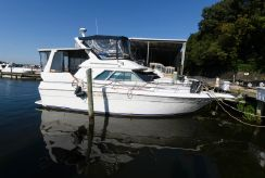 1990 Sea Ray 380 Aft Cabin