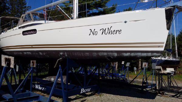 Jeanneau 45 DS 360 Docking