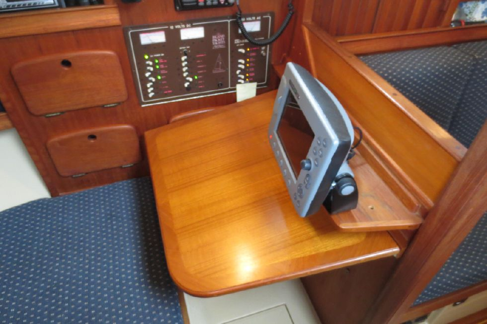 1996 Island Packet 29 Cutter - Chart Table Deployed