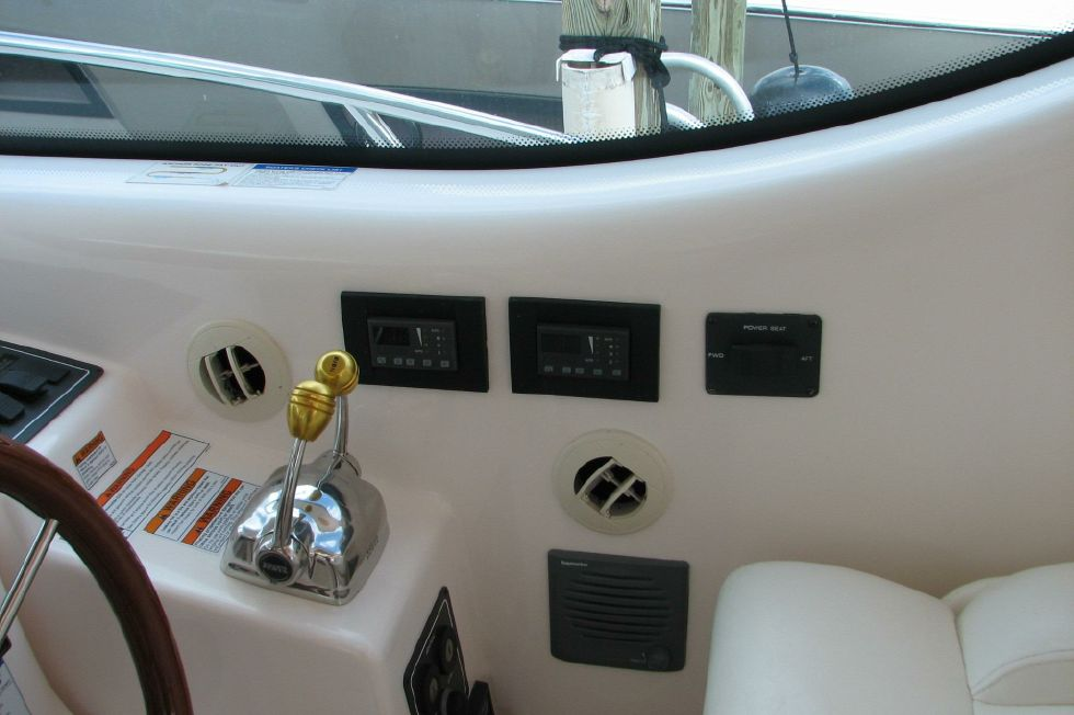 Helm Air Conditioning Controls