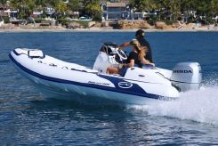 2020 Walker Bay Turnkey Package - Venture 16 with 4 Seats