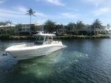 2017 Boston Whaler 350 OR