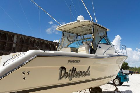 2006 Pursuit 3070 Offshore