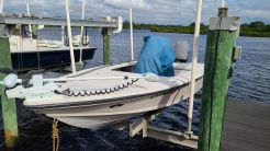 2004 Hewes Redfisher 18