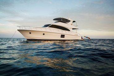 2021 Hatteras 60 Motor Yacht