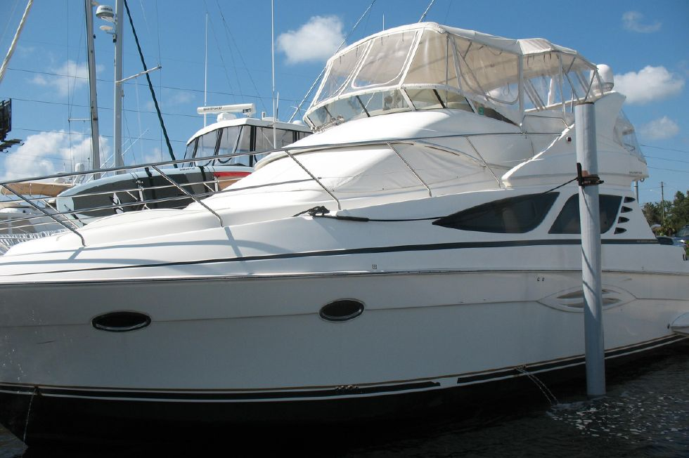 2007 Silverton 43' Sport Bridge
