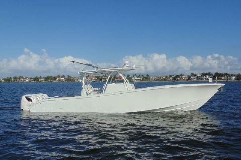 2016 Yellowfin Center Console - NO NAME YELLOWFIN