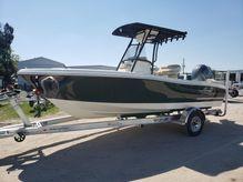 2020 Pioneer 202 Islander