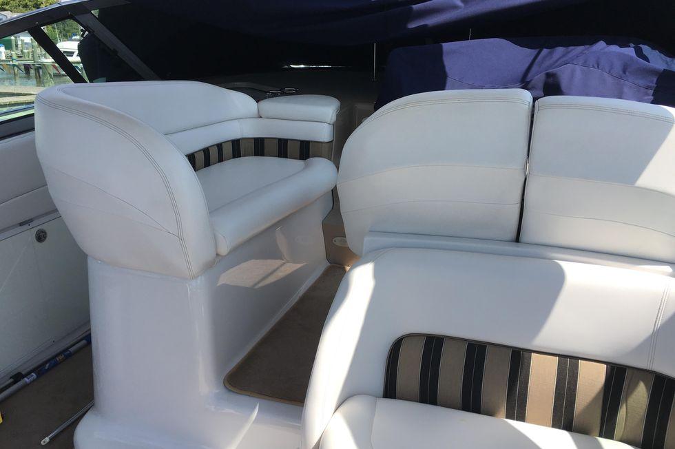 2007 Four Winns 378 Vista 37 Boats for Sale - Edwards Yacht
