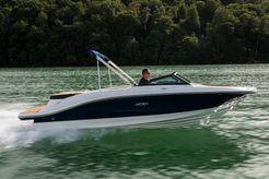2021 Sea Ray SPX 210