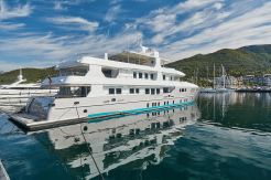 2012 Superyacht Deep Story