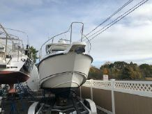 2009 Boston Whaler Conquest 285