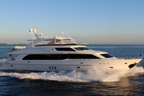 2016 Hargrave 101 Raised Pilothouse
