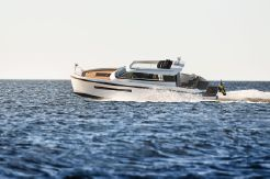 2021 Delta PowerBoats  33 Coupe