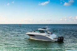 2022 Sea Ray 320DAO