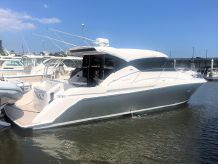 2019 Tiara Yachts 39 Coupe