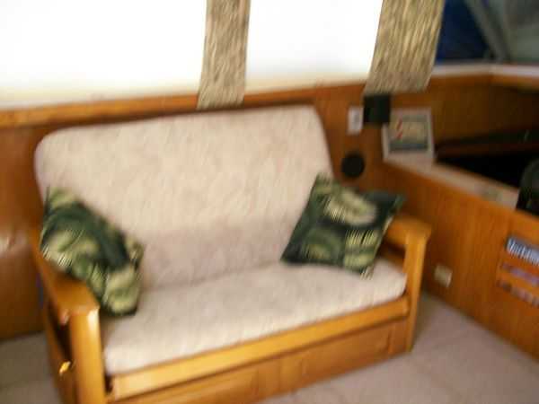 1986 Silverton Aft Cabin OWNER MOTIVATED!! - New Sofa