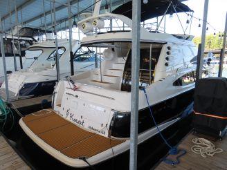 2010 Regal 4080 Sportyacht