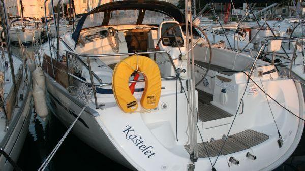 Bavaria 39 Cruiser Port Stern