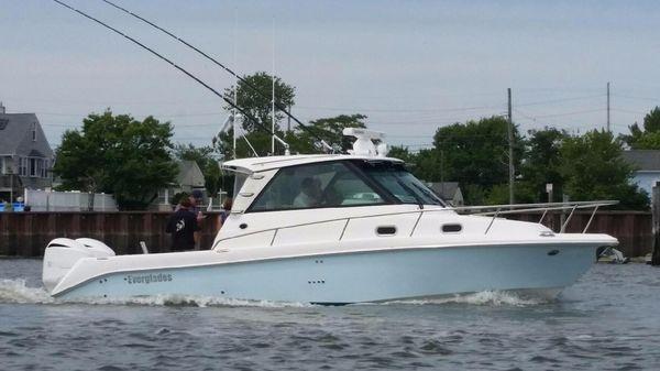 Everglades 320EX