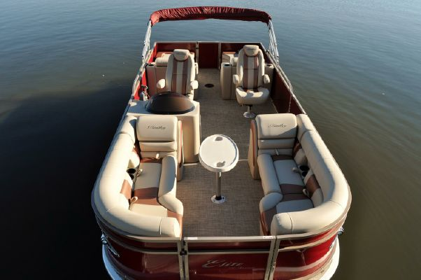 Bentley Pontoons 253 Elite Rear Lounger - main image