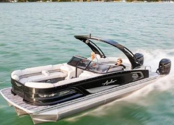 2021 Avalon Excalibur 27' Twin Elite Windshield