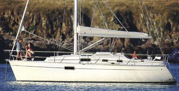 1996 Beneteau Oceanis 321 - Manufacturer Provided Image: Photo: GM Raget / G Beauvais
