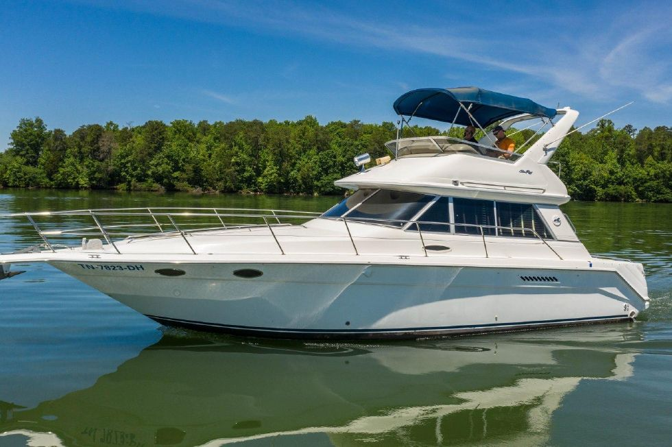 Explore Sea Ray boats for sale  View this 1995 Sea Ray 370 Sedan