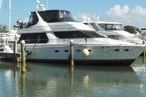 2001 Carver 530 Voyager Pilothouse - 2001 Carver 530 Voyager Pilothouse