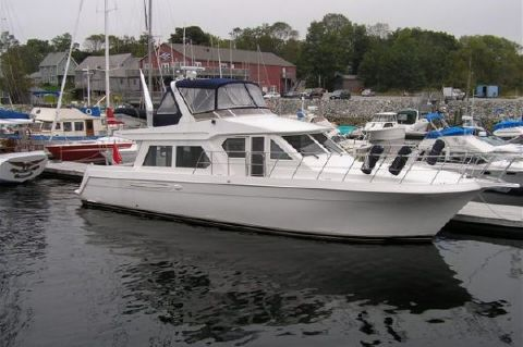 1999 Navigator Pilothouse Extra Clean! Major Price Reduction!! - Photo 1