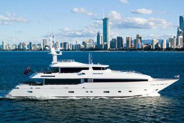 2022 Monte Fino 122 Tri-deck