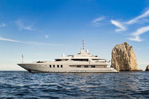 Resultado de imagen de yachting in the sea of cortez