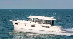 2020 Beneteau Swift Trawler 41 Sedan