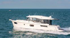 2021 Beneteau Swift Trawler 41 Sedan