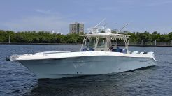 2011 Hydra-Sports 42 Center Console 4200 SF