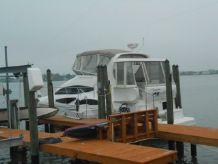 2006 Cruisers Yachts 385 Motoryacht