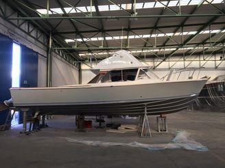 1979 Bertram 31 Flybridge Cruiser
