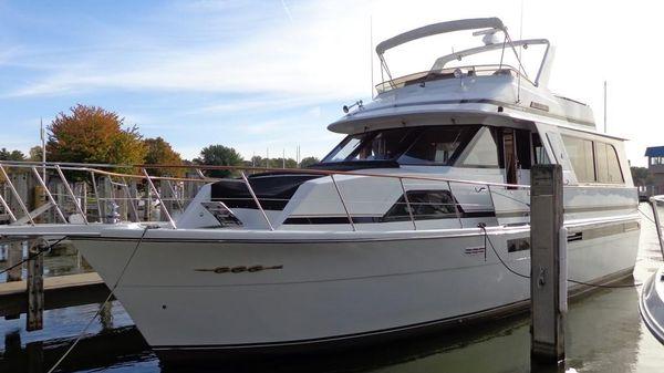 Chris-Craft 501 Motor Yacht Exterior 1