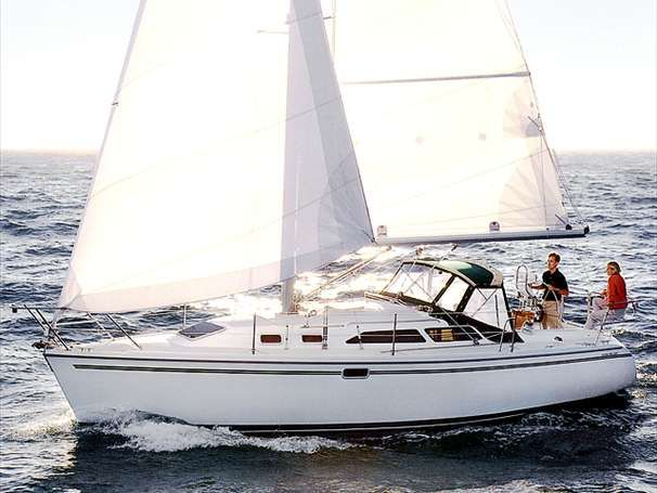 2000 Catalina 320 - Manufacturer Provided Image