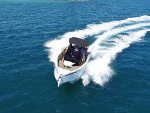 2021 De Antonio Yachts D28